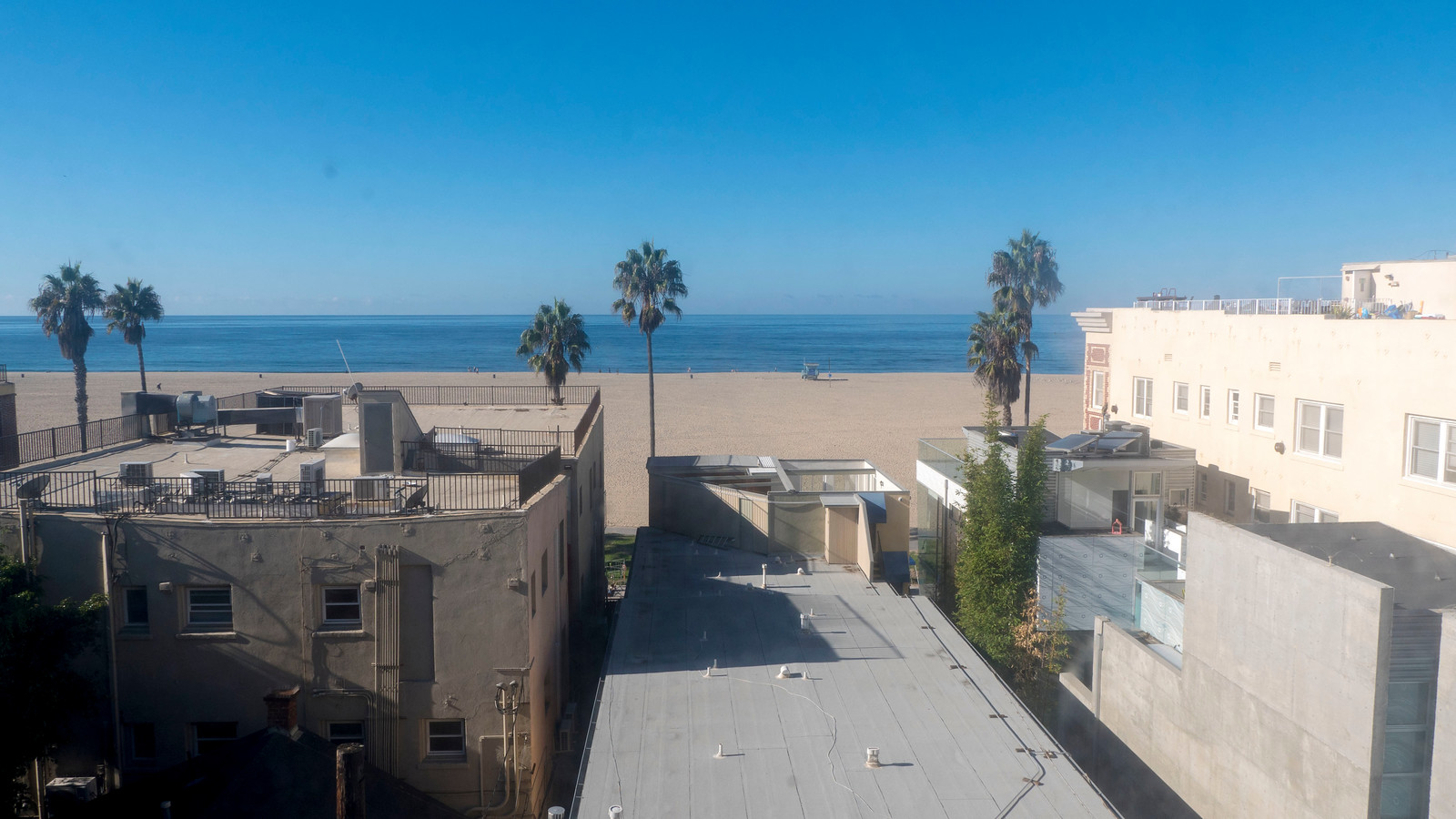 Ellison Suites - 2 Days in Los Angeles Itinerary for First Timers