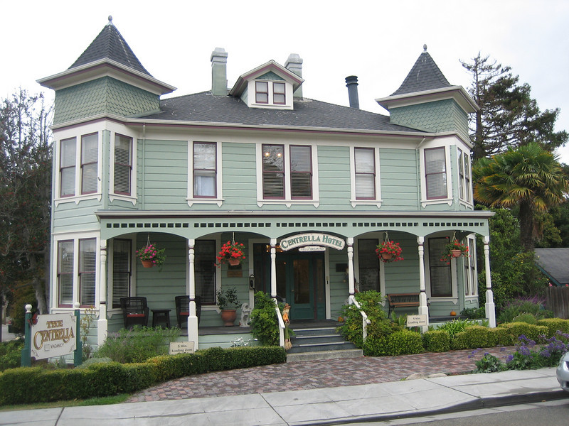 The Centrella Inn Pacific Grove