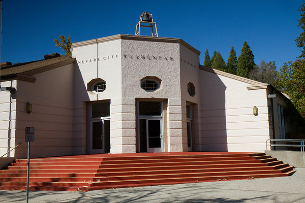 Nevada City Elementary was built in 1937 by renowned San Francisco architect William Mooser as part of the Works Projects Administration.