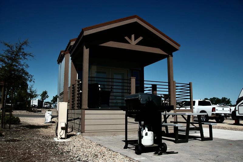Dağ Evi Kiralama - Cava Robles RV Resort