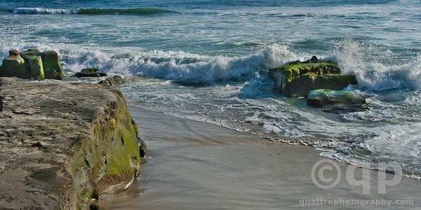 SAN DIEGO BEACH WAVES CRASHING