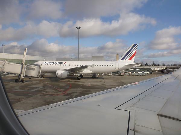 Et on embarque pour un vol Toulouse Amsterdam Montréal