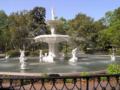 Forsyth Park  Fountain dedicated to the Confederate dead, 1875
