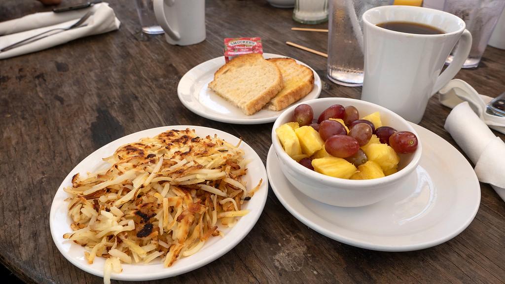 Vegan breakfast at the Hungry Tarpon, Robbie's Marina, Islamorada