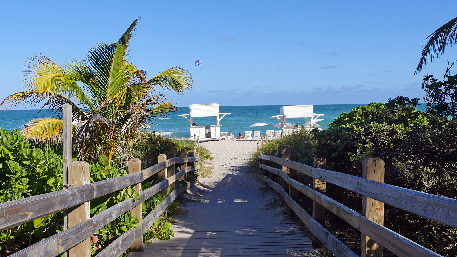 Miami Hotel Day Pass: Relax Before an Evening Flight