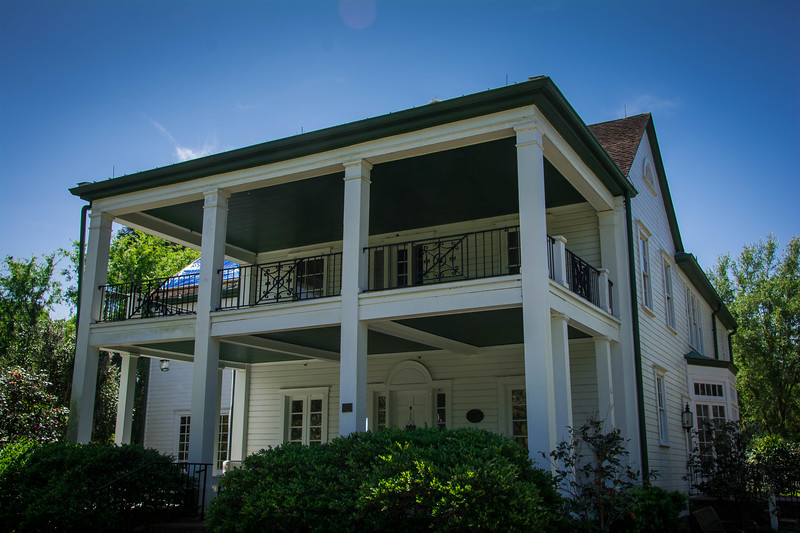 leu house museum tour