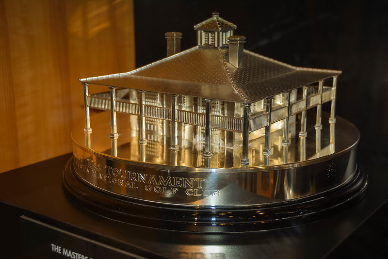 world golf hall of fame trophies