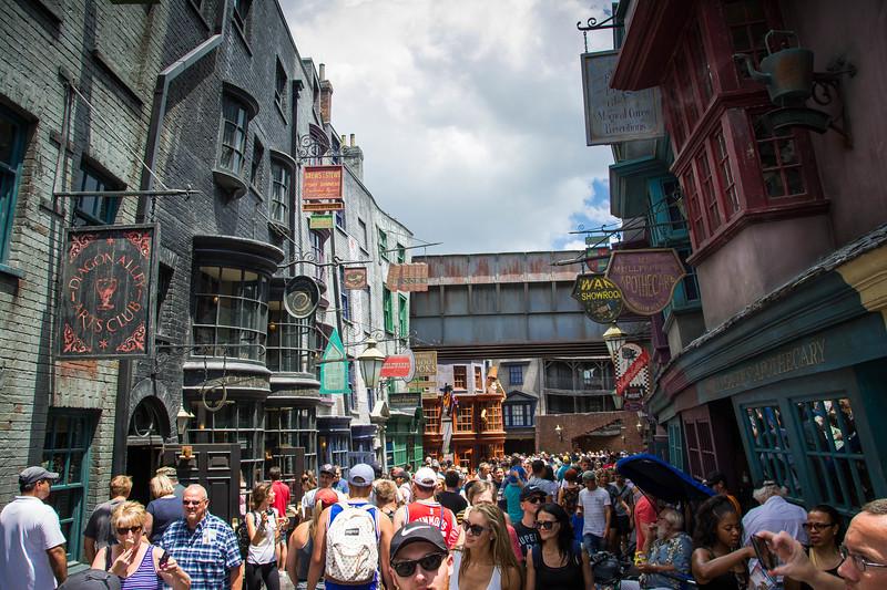 universal studios diagon alley