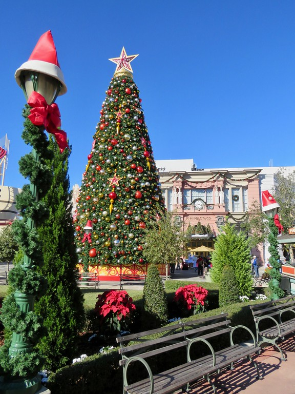 Universal Studios Christmas.Universal Studios Orlando At Christmas Time Amateur Traveler