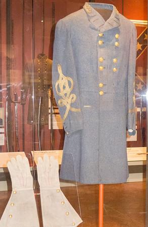 Appomattox, VA Museum of the Confederacy - General Robert E. Lee's uniform and riding gloves.
