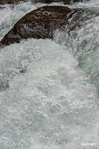 Water_D705422