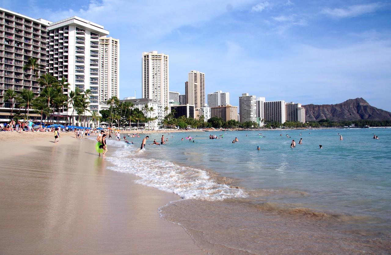 1652 - Waikiki Beach