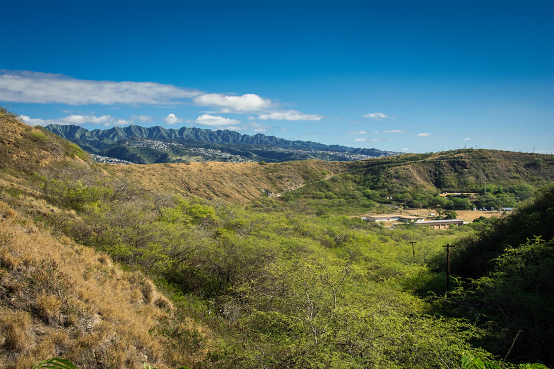 climbing diamond head crater