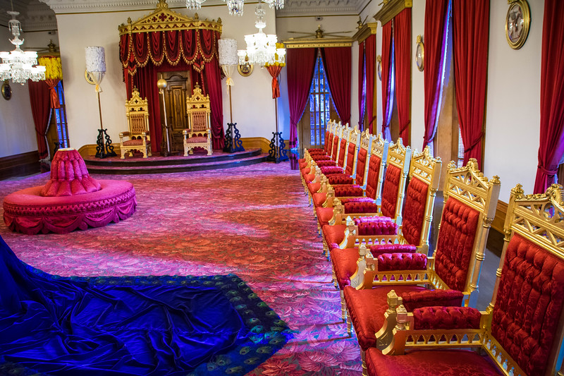 iolani palace throne room