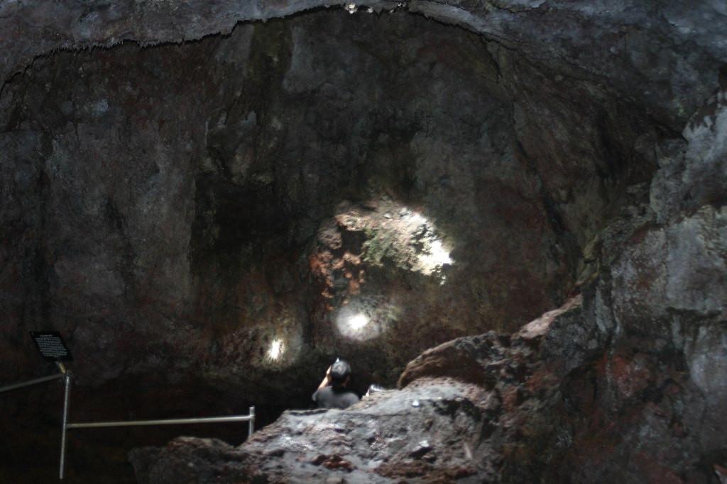 Ka'eleku Lava Tube - Maui, Hawaii - Photo