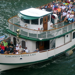 A Tour Review: The Chicago Architecture Foundation River Cruise Aboard Chicago's First Lady Cruises