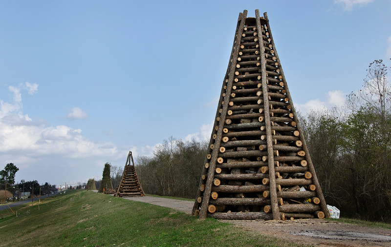 Christmas Eve bonfire structures