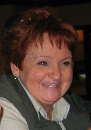 MacNeil, Sue