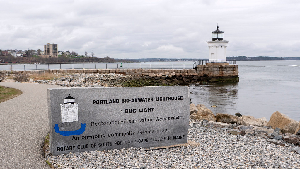 Portland Breakwater Light / Bug Light