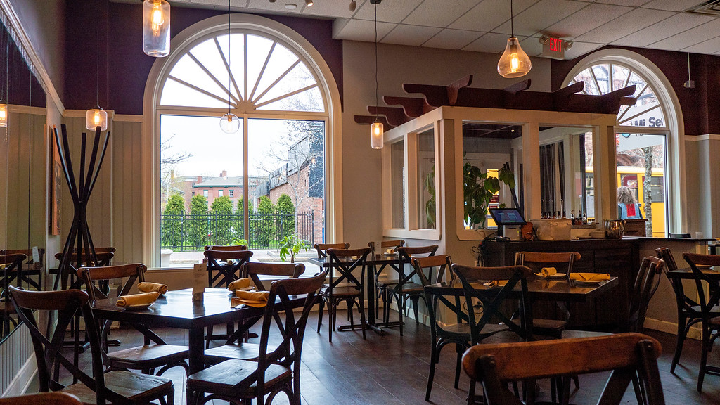 Vegetarian and vegan restaurants in Portland Maine: Mi Sen