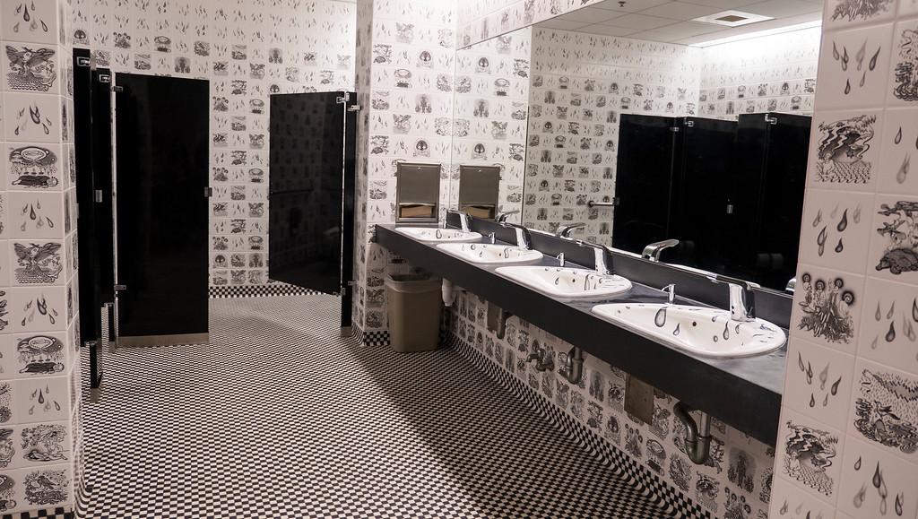 Smith College Museum of Art Bathrooms