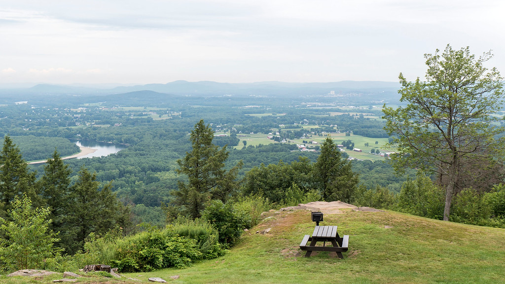 Fun Things to Do in Western MA:   Mount Holyoke summit