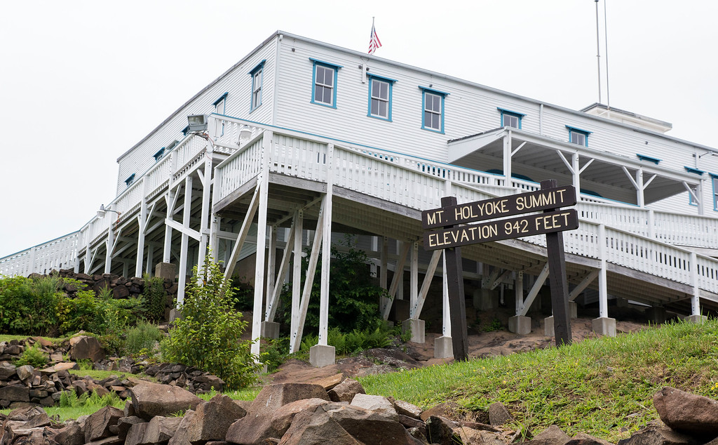 Things to do in western MA: Hike to Mount Holyoke