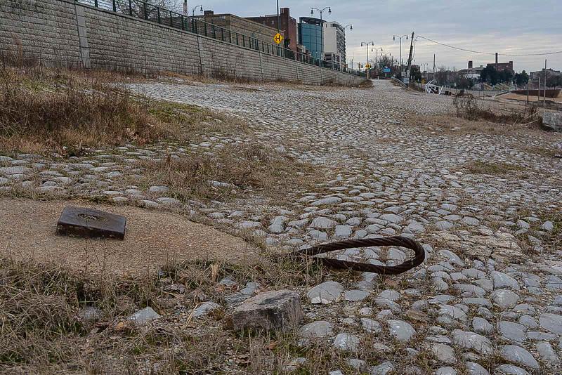 memphis riverfront cobblestone landing