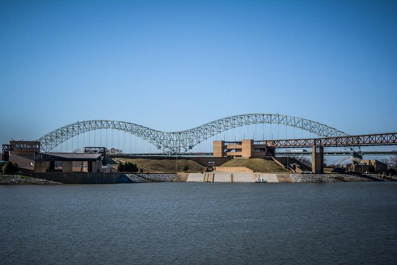 memphis riverfront new bridge