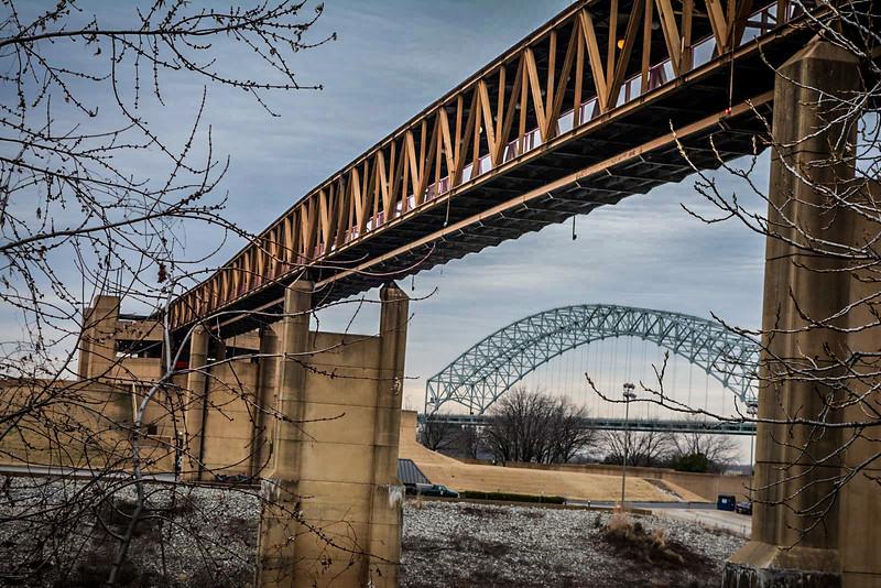 memphis new bridge mississippi river