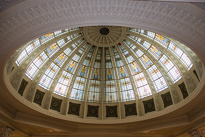 Woodbury County Court House-glass dome with arrowhead and leaf motifs over the rotunda