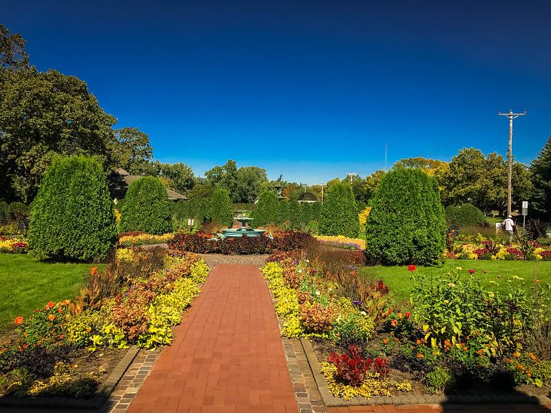 clemens gardens visit st cloud