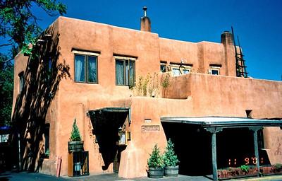 Santa Fe - Pink Adobi Rest.