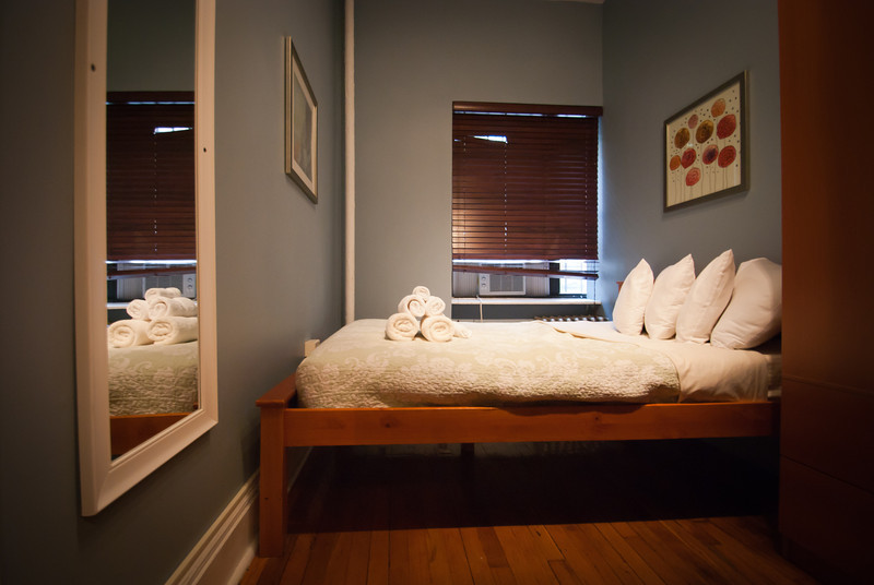 Crappy Apartment Rooms new york city apartment rental: living like a local | the travel chica