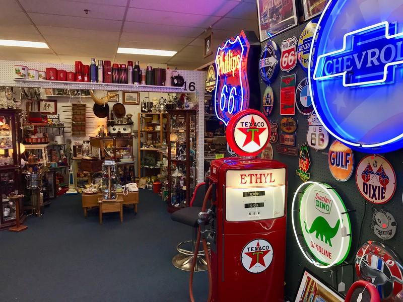 Boulder City Antiques