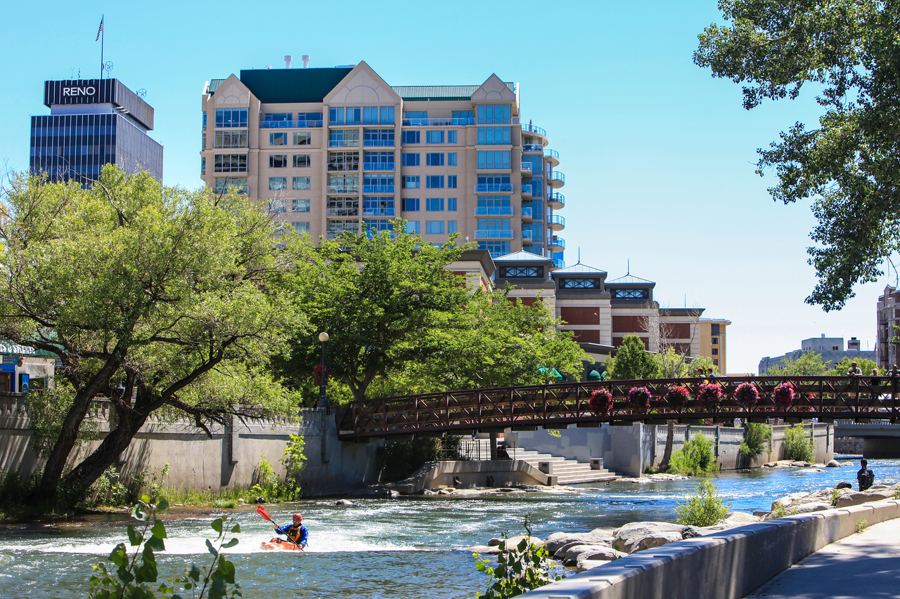 "The Truckee River flows through Reno and the city has put in a nice ""River Walk"" along the banks."