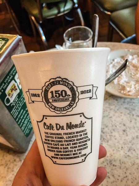 cafe au lait cafe du monde new orleans