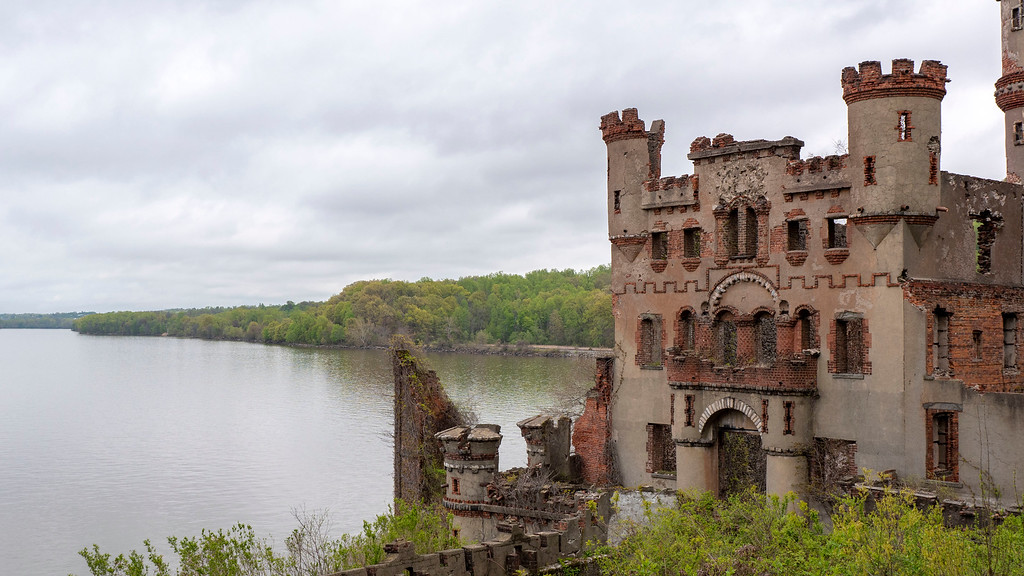 Dutchess County NY: Bannerman's Castle and Pollepel Island
