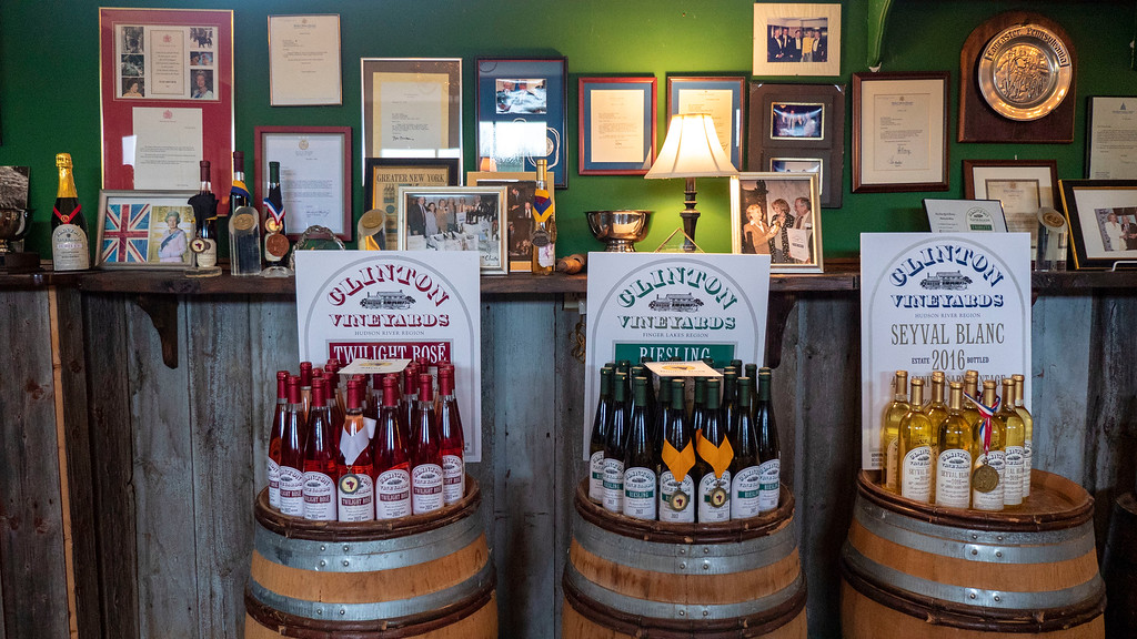 Things to Do in Dutchess County: Clinton Vineyards