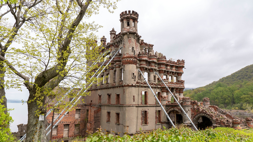 Things to Do in Dutchess County: Bannerman's Castle
