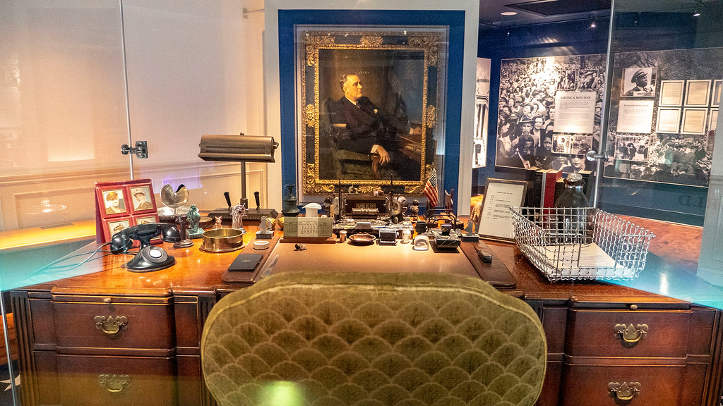 The desk of FDR - Presidential Library and Museum