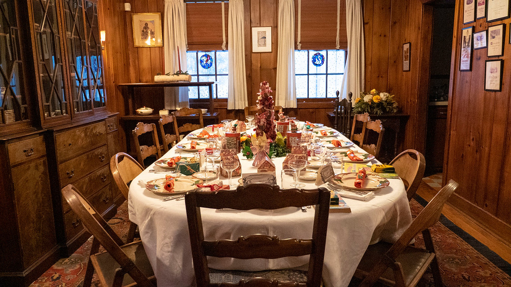 Christmas decorated historic homes in Dutchess County - Eleanor Roosevelt Val-Kill Cottage
