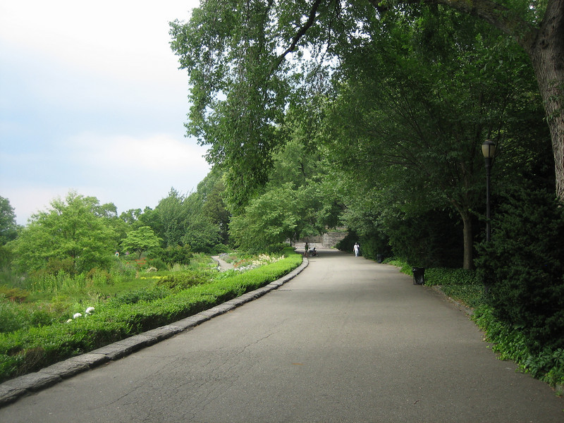 path to The Cloisters