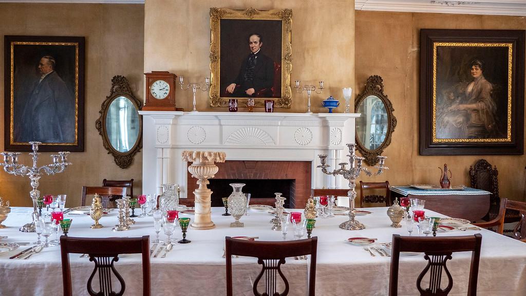 Hudson Valley Christmas events - Tour Locust Grove Estate