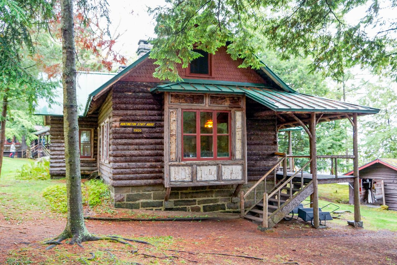 Huntington Staff House, Camp Pine Knot