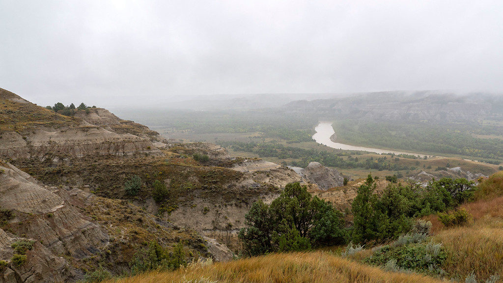 Road trip to North Dakota - Theodore Roosevelt National Park North Unit River Bend Outlook