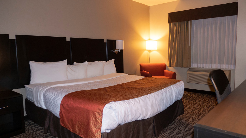 Roosevelt Inn and Suites - Where to stay on a North Dakota road trip to Watford City