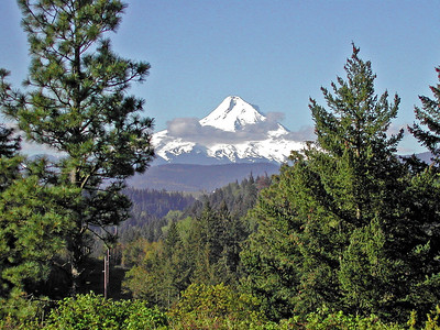 05 - First View of Mount Hood