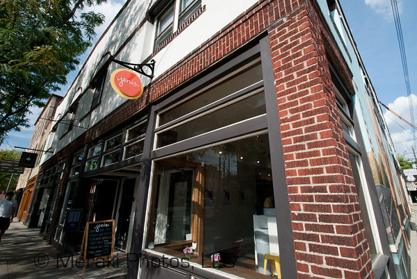 Photo of Jenis store front