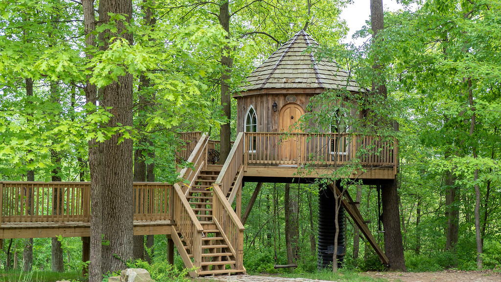 Treehouse Hotel in Ohio: The Mohicans